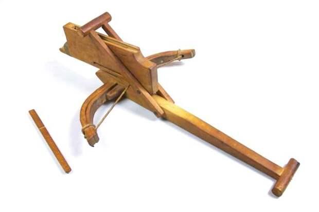 Древнейшая оружейная технология, которая оставалась неизменной тысячелетиями. /Фото: wp.com