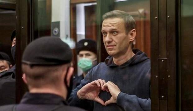 В связи с потерей веры и надежды, приказано шатать режим любовью. Юлия Витязева