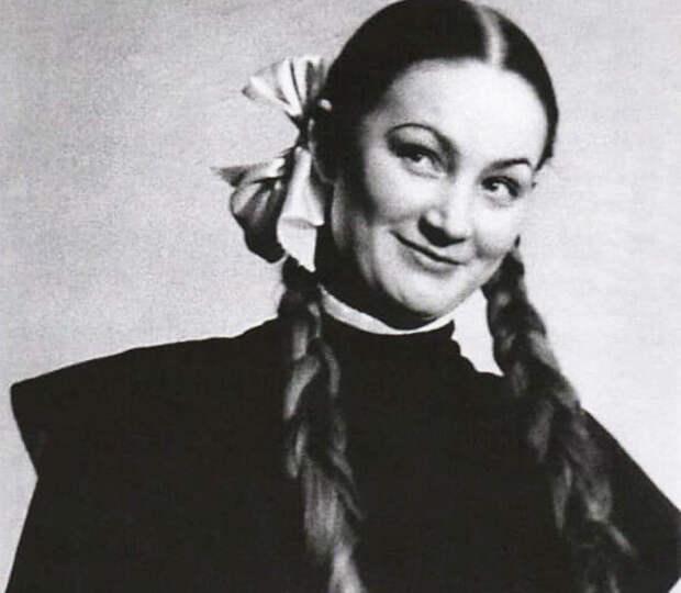 Людмила Хитяева (www.kino-teatr.ru)