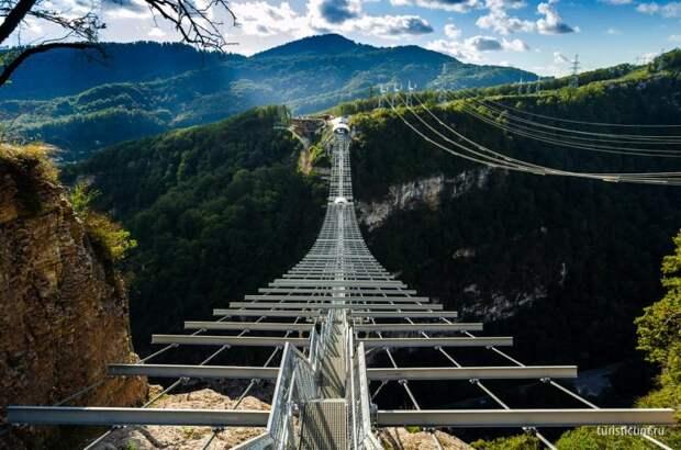 10 самых страшных и опасных мостов планеты Земля