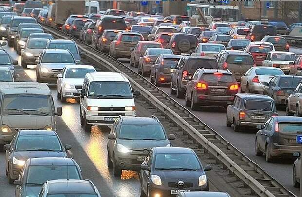 Цены на автомобили в России в 2021 году могут вырасти на 15%