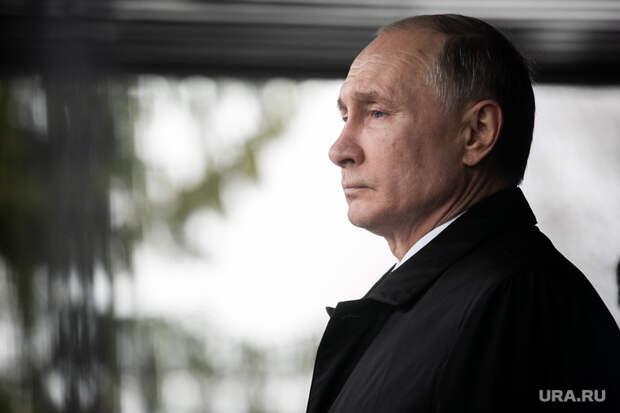 Сатановский рассказал, как МИД РФподставил Путина перед Западом