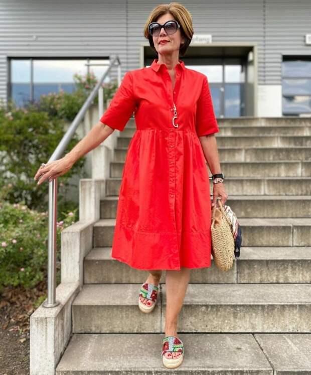 17 образов для женщин 50+, от которых сложно отвести взгляд