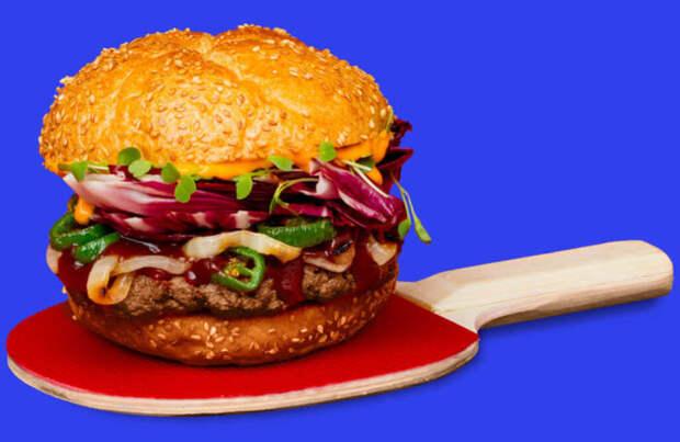 Растительный гамбургер со вкусом мяса. /Фото: forumdaily.com
