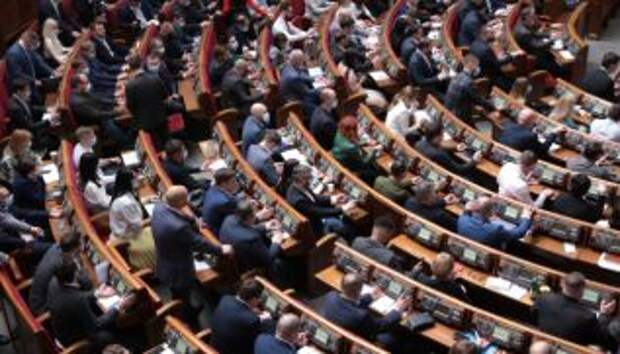 ВР разблокировала подписание закона за военные преступления
