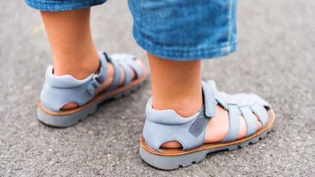 Как выбрать сандалии для детей