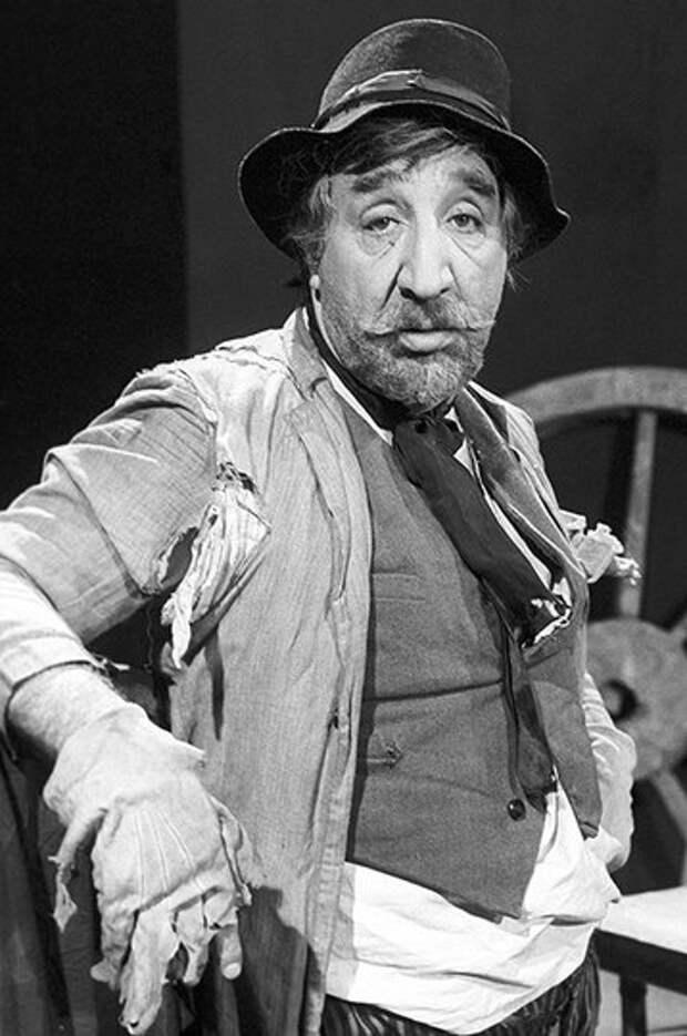«Кавказская пленница» — как сложились судьбы звезд комедии Леонида Гайдая