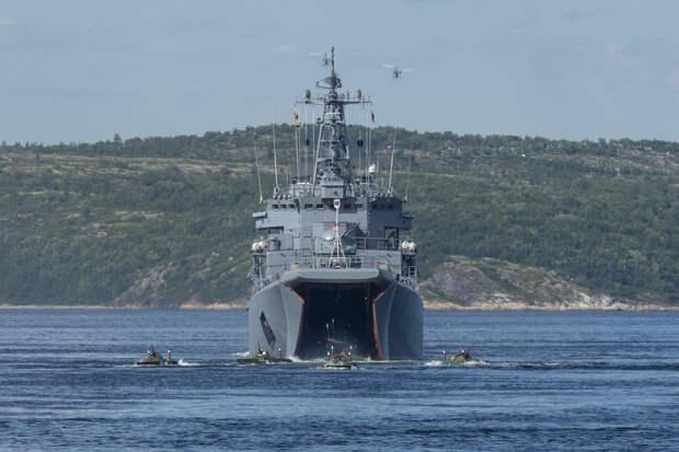 Большой десантный корабль «Георгий Победоносец» принял участие в морской десантной подготовке
