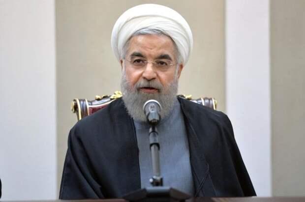 Роухани заявил, что представители Запада согласились снять санкции с Ирана