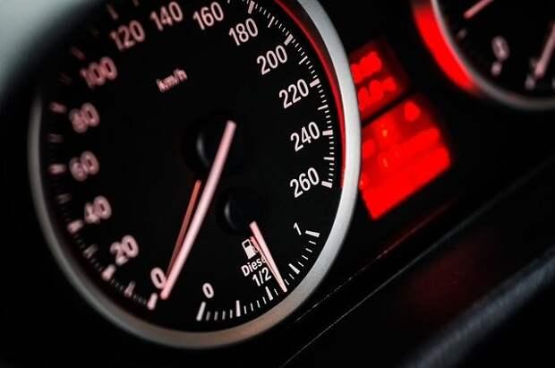 На участке от Дмитровки до Проектируемого проезда №5557 водители не знали, с какой скоростью ехать