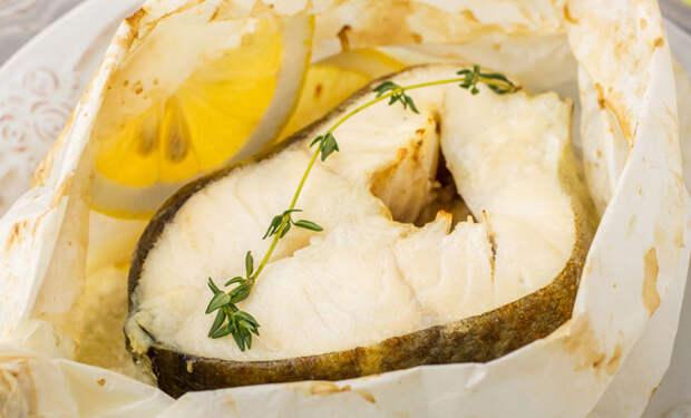 Заворачиваем рыбу в бумагу: сочно и не пригорает