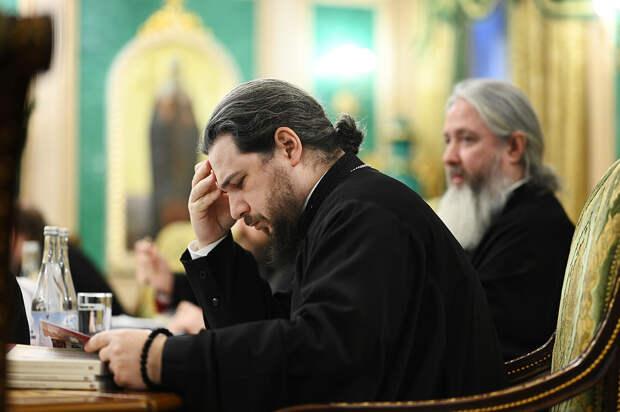 В РПЦ высказались об идее проверять священников на судимость