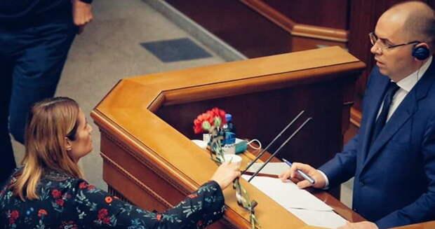 Соросята-супрунята намерены сожрать министра