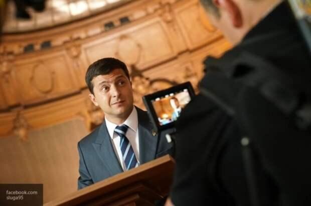 Рейтинг Зеленского резко рухнул: украинцы начали ненавидить «Слугу народа»