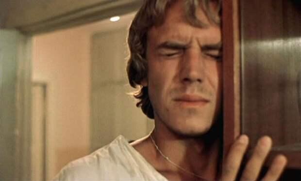 Как выглядят герои культовой скандальной драмы «Маленькая Вера» 30 лет спустя.