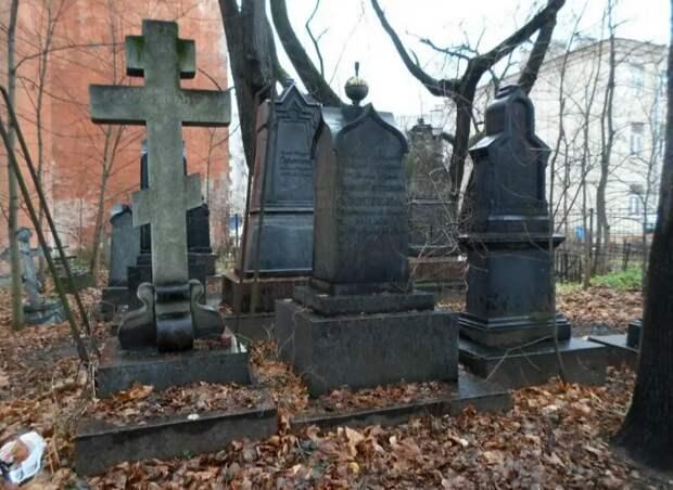 Мистика Малоохотинского кладбища.
