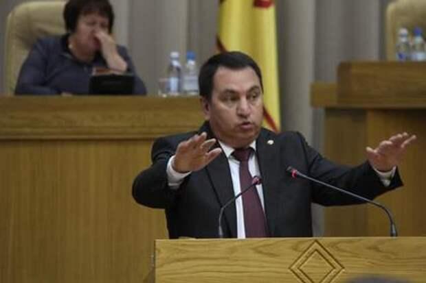 Власти объяснили слова чиновника о ленивых учителях