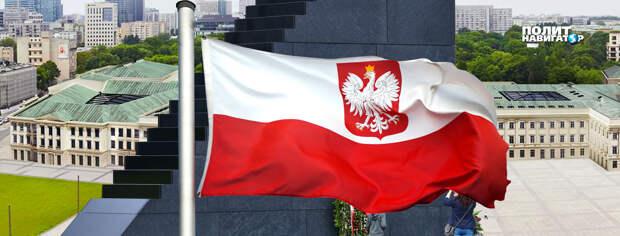 В Варшаве дворец правящей элиты сравняет с землей Могилу Неизвестного Солдата