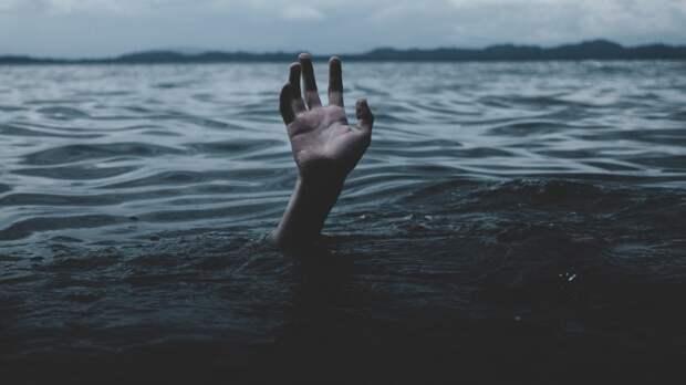 Спасатели вытащили из воды тонущего ребенка под Челябинском