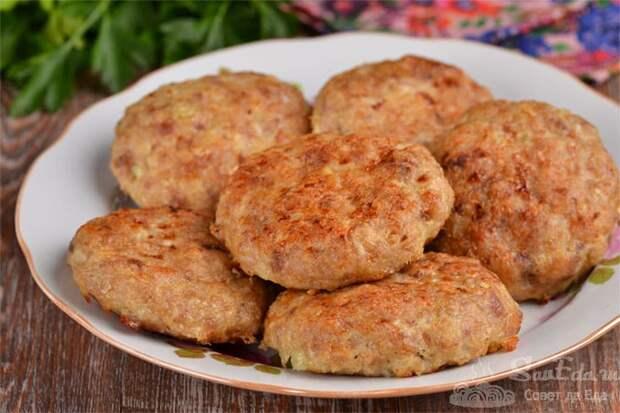 Куриные котлеты в духовке. Вкусные котлетки к картофелю или гречке