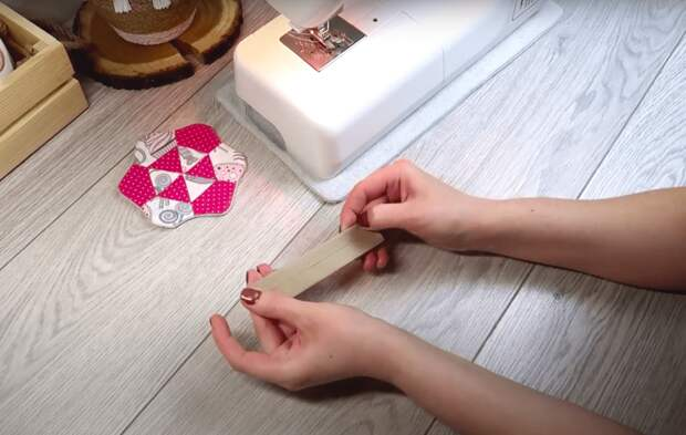 Красивая и стильная корзинка из подручных материалов