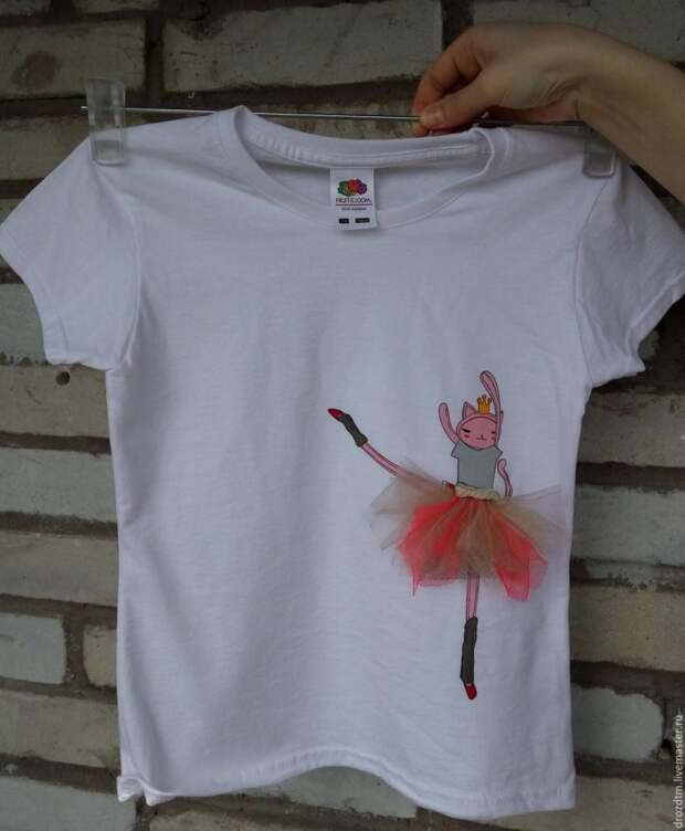футболка с балериной