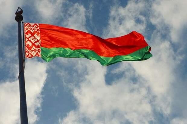 Минск потребовал от сотрудников латвийского посольства покинуть Белоруссию