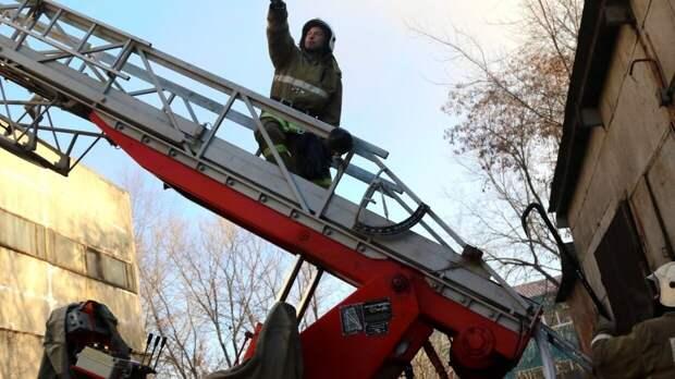 Газ взорвался в девятиэтажном доме на проспекте Энтузиастов в Петербурге