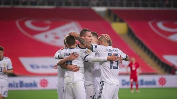 Первая тренировка сборной России перед началом Евро-2020 прошла в Новогорске