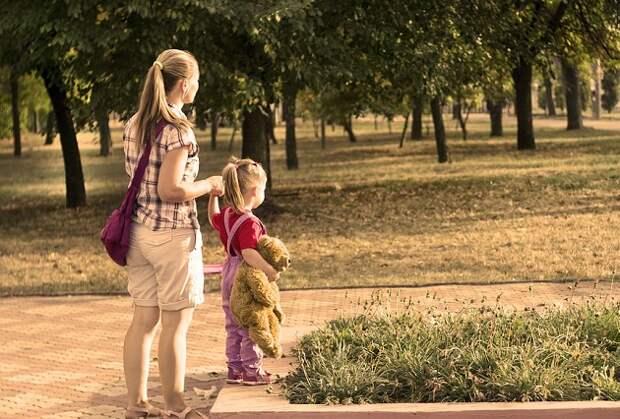 В России подумают над дополнительной поддержкой для неполных семей