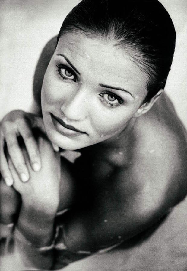 Кэмерон Диас в бассейне. Забытая фотосессия celebrities, звезды, знаменитости, ностальгия