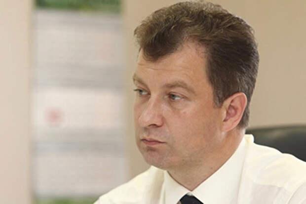 Сын-семиклассник уральского мэра за год заработал 400 тысяч рублей
