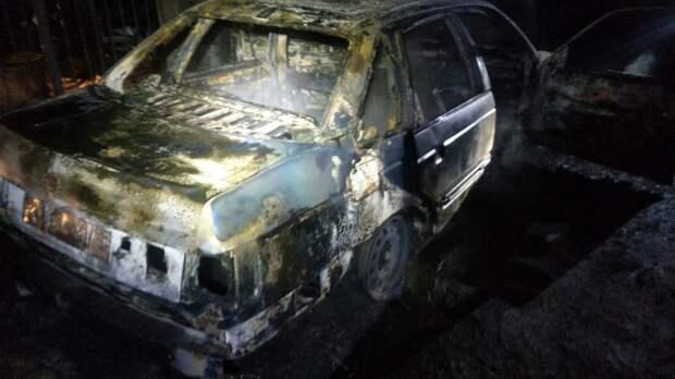 Ночью в Алуште сгорел «Фольксваген Пассат»