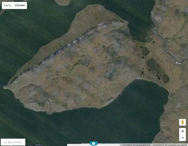 "Странная ""каменная гряда"" на севере Сибири."