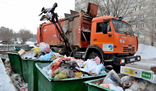 Насортировочных заводах тщательно изучают мусор тюменцев