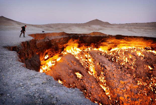 Дарваза — газовый кратер в Туркменистане