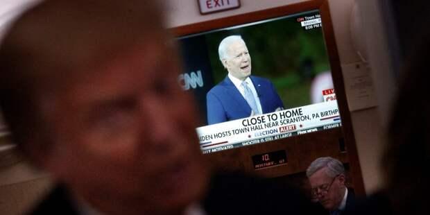 Директор ФБР заявил об «очень активных» попытках России очернить Байдена
