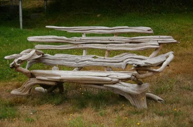 Скамейки из коряг (идеи)