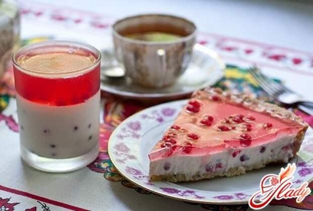 Лакомство, холодящее вкус и греющее взор: желейный торт
