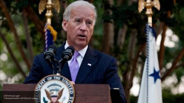 Сенатор-республиканец: Байден на посту президента втянет США в войну