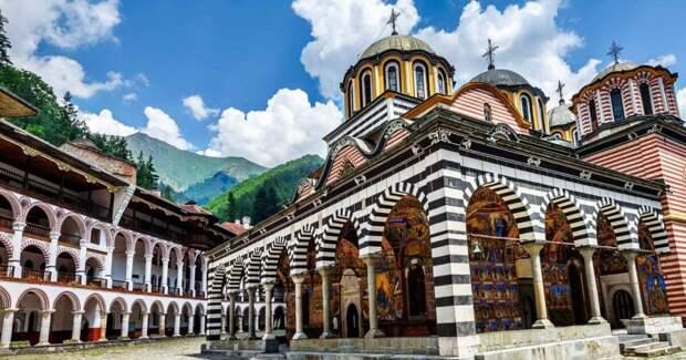 5 монастырей с невероятной архитектурой, которые захотят посетить даже атеисты