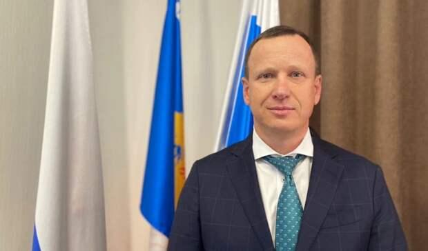 Мэр Среднеуральска Андрей Зашляпин подал вотставку