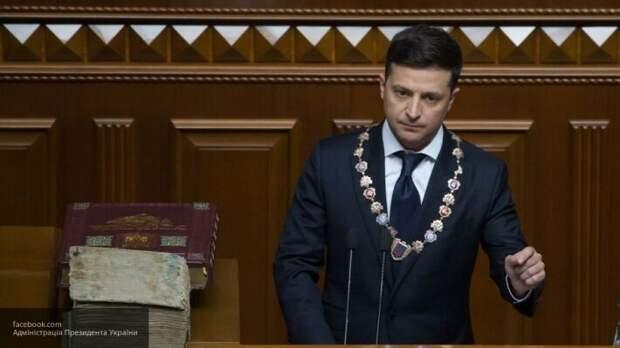 «Он солгал своим избирателям»: украинцы собирают подписи к петиции за отставку Зеленского