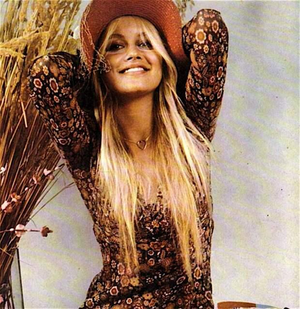 Красотка из 70-х Глория Гвида