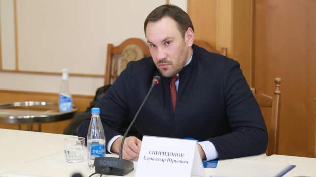 Аксенов уволил главу Госкомрегистра Крыма
