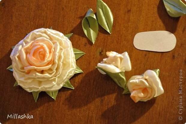 """Сегодня хочу показать вам, дорогие жители СМ, МК """"Пышная роза"""" или, как называю ее я, """"Роза для ленивых"""". Спросите: """"Почему для ленивых?"""". Отвечу: """"Да потому-что проще некуда!Быстро и ооочень красиво!"""" фото 24"""