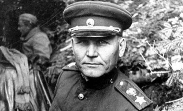 «Вперед»: за что так прозвали маршала Конева