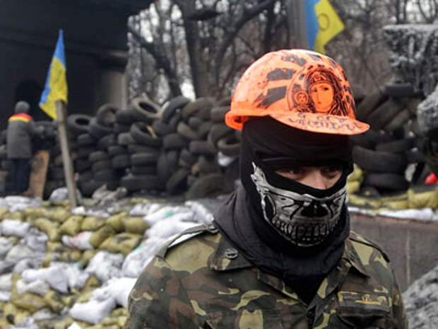 Швейцарское СМИ: приток ультраправых радикалов на Украину продолжается