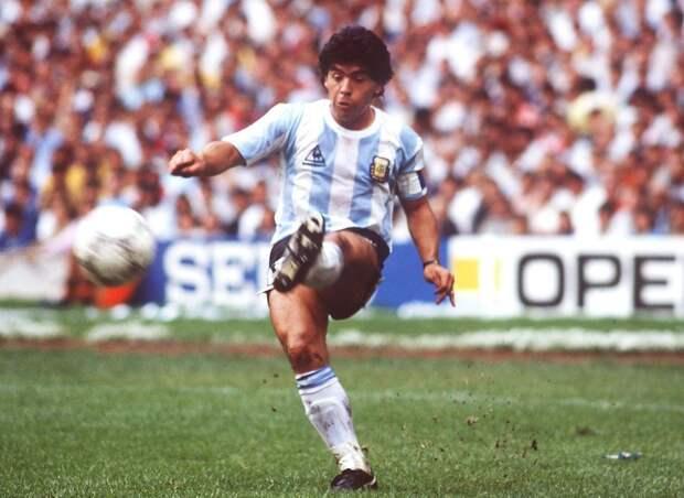 Каннаваро: «Для меня лучший— Марадона. Роналдо— единственный, кто приблизился кДиего»