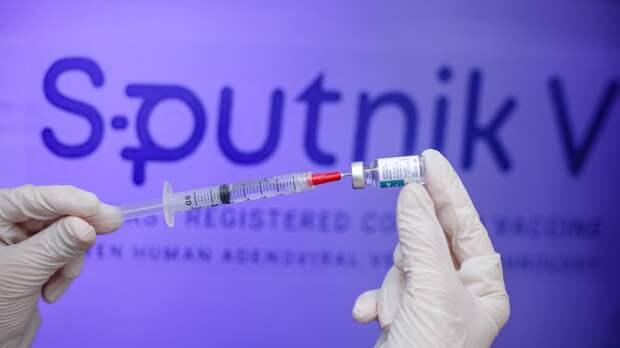 Собянин заявил о почти стопроцентной защите от заболеваемости COVID-19